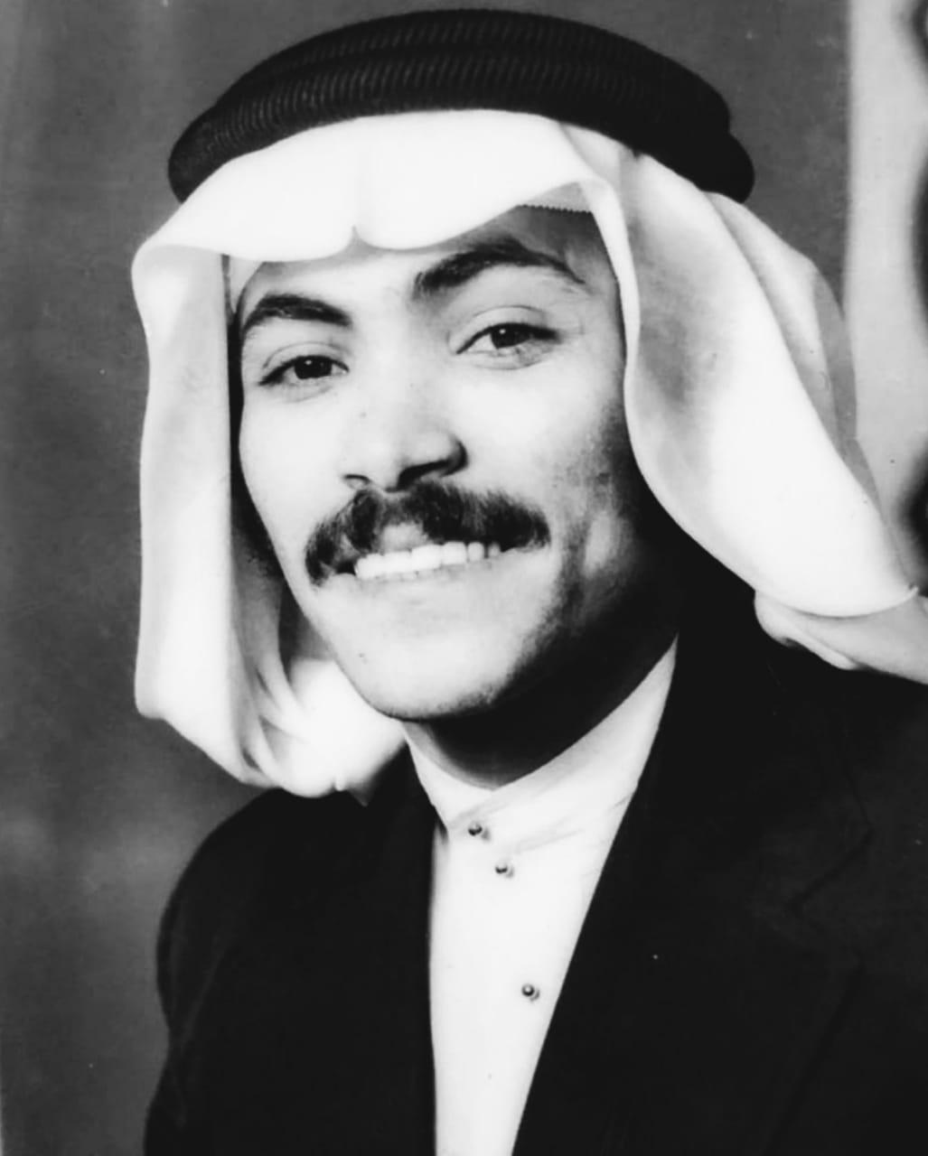 """قصيدة """" إهداء إلى الأستاذ: إبراهيم عثمان حكمي مدير إدارة الموارد البشرية"""