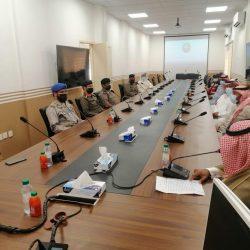 بلدية النعيرية تنفذ 200 زيارة للمنشآت الغذائية وتغلق ثلاث منشآت مخالفة للإجراءات الاحترازية والتدابير الوقائية خلال أسبوع