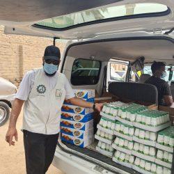 الفرق الرقابية ببلدية محافظة طبرجل تقوم بجولاتها الميدانية المكثفة على المحلات التجارية