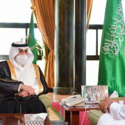 أمير الجوف يستقبل رئيس القطاع الشمالي للمياه، ومدير عام خدمات المياه المعين حديثاً