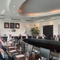 محافظ محايل يلتقي إدارة منتخب                        المحافظة