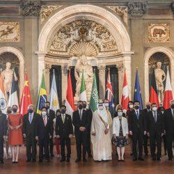 جائزة التميز البشري والعمل الإنساني للضامن والعيسى والسيهاتي رئيساً للمركز العربي الاوروبي