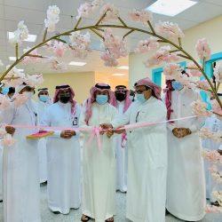 الأمير سعود بن جلوي يرعى حفل تتويج الفائزين والرعاة الداعمين لجائزة جدة للإبداع (4)